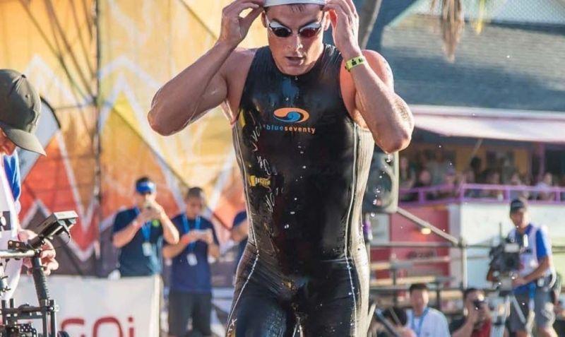 85313d32c7b Mientras que un traje de neopreno sigue siendo el mejor en términos de  flotabilidad, calidez y velocidad, el Swimskin es una gran alternativa  cuando se ...